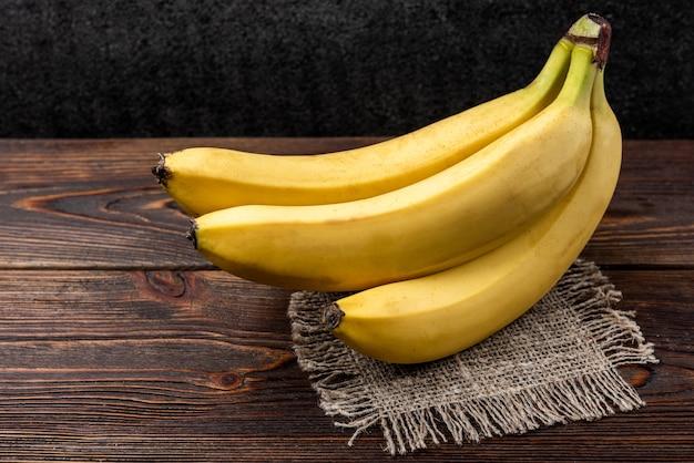 Vista dall'alto banana biologica