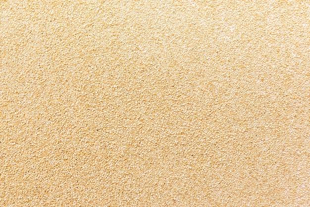 Vista dall'alto di semi di quinoa chenopodio quinoa biologica macro