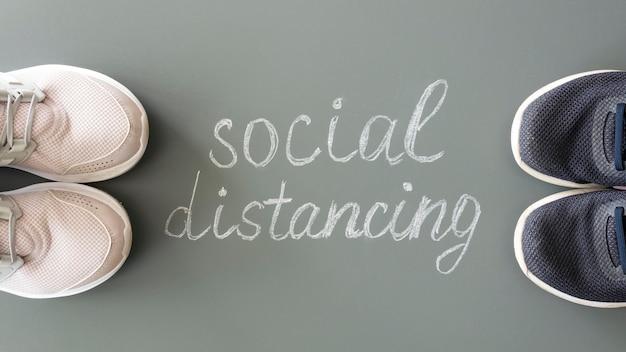 Vista dall'alto del concetto di allontanamento sociale Foto Premium