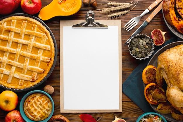 Vista dall'alto del concetto di ringraziamento con copia spazio