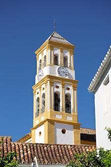 Torre della chiesa dell'incarnazione (iglesia de nuestra) a marbella