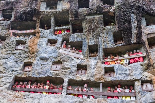 Luogo di sepoltura tradizionale in tana toraja