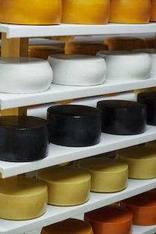 Produzione casearia tradizionale secondo antiche ricette brevettate