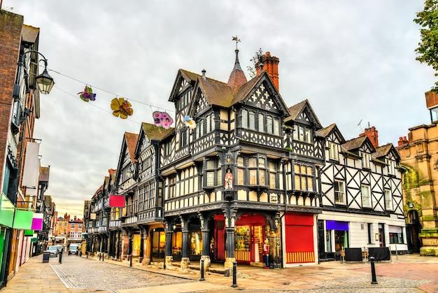 Case tradizionali inglesi di architettura tudor a chester, inghilterra