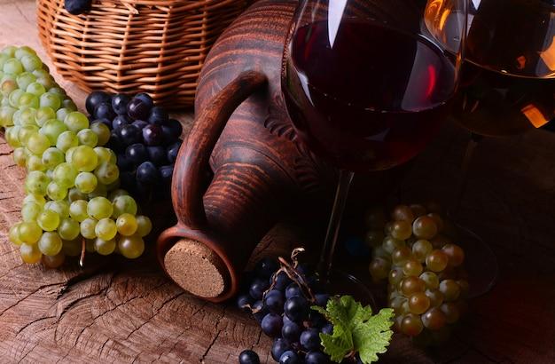 Vino georgiano tradizionale, raccolto di quest'anno
