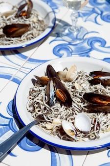 Assortimento di piatti gulas tradizionali