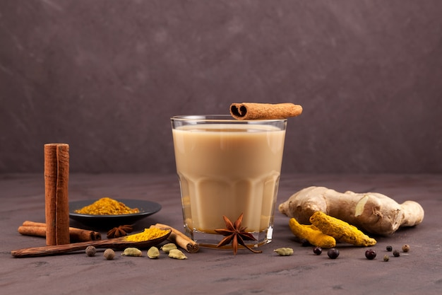Bevanda indiana tradizionale tè masala.