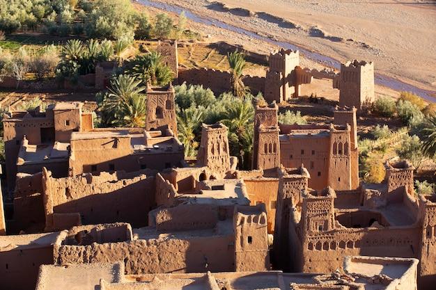 Fortezza tradizionale della kasbah vicino a ouarzazate marocco