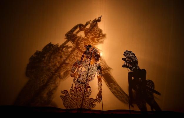 Spettacolo di marionette tradizionale a sud della thailandia, thailandia