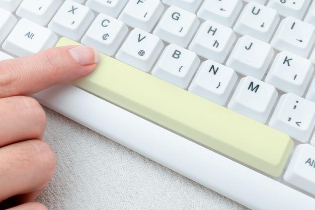 Trascrivere l'audio della riunione su internet registrare nuovi metodi di trascrizione che raccolgono informazioni