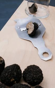 Delicatezza al tartufo che cucina il concetto di cibo del ristorante