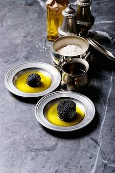 Funghi al tartufo con olio