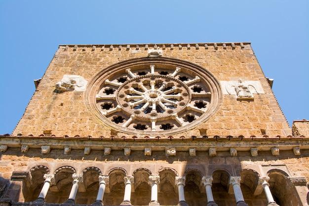 Tuscania, viterbo, italia: chiesa di santa maria maggiore