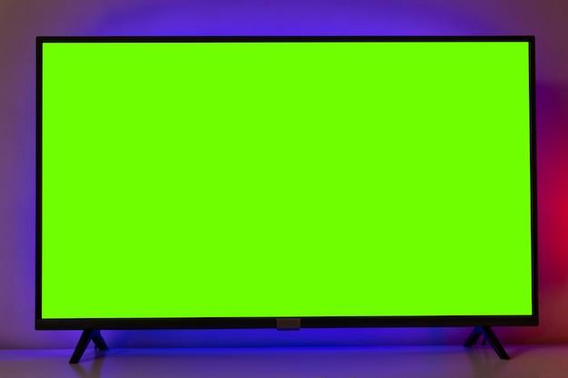 Tv con schermo verde per il ritaglio