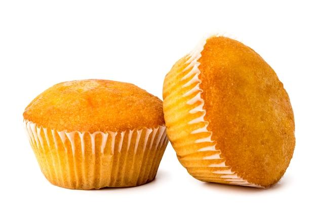Due cupcakes su bianco, primo piano