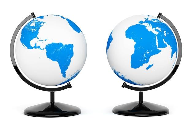 Due mappamondo terrestre su sfondo bianco