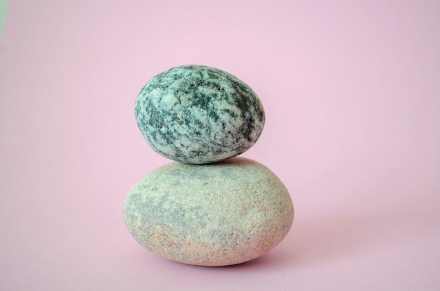 Due zen torre in pietra di equilibrio