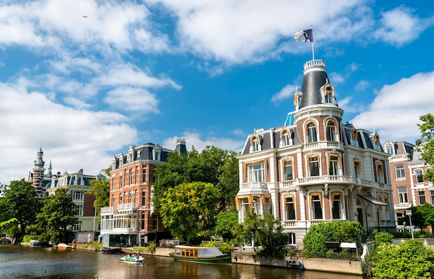 Architettura tipica di amsterdam nei paesi bassi