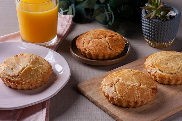 Antipasto tipico della cucina brasiliana chiamato empada de palmito.