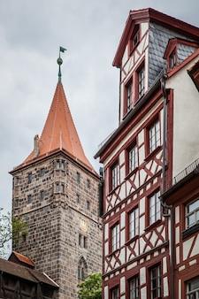Tipica casa tedesca dalla fortezza di norimberga, germania