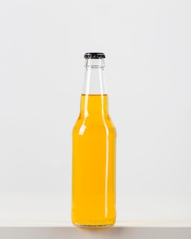 Bottiglia di birra non aperta