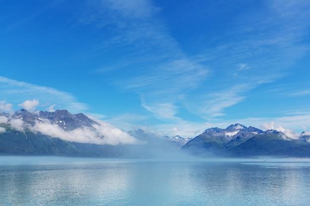 Insoliti paesaggi estivi dell'alaska, stati uniti.