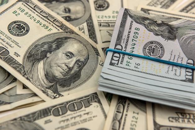 Dollari americani per il concetto finanziario di design