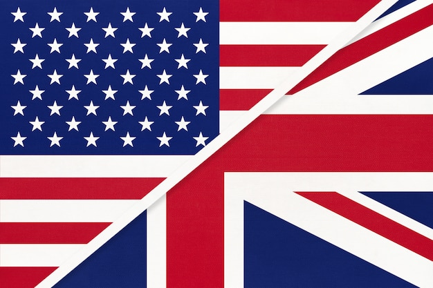 Bandiera nazionale usa vs gran bretagna dal tessile. relazione, tra paesi americani ed europei.