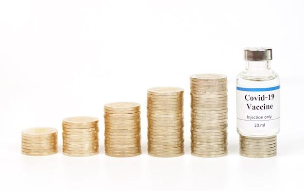 Vaccini e monete in thailandia utilizzati per la prevenzione della vaccinazione coronavirus covid19