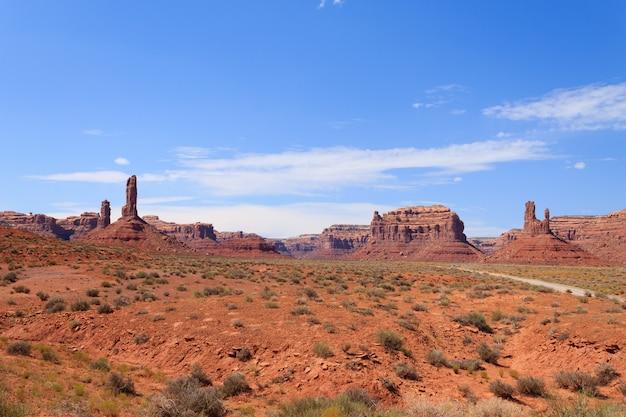 Vista della valle degli dei dallo utah, usa.