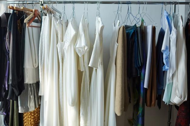 Varietà di vestiti