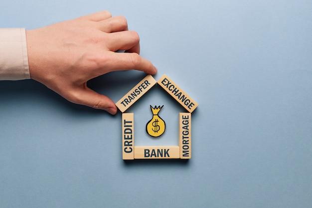 Vari tipi di prestiti e servizi come concetto bancario.
