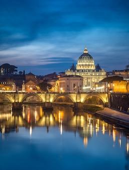Vaticano di notte