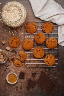 Biscotti vegani di farina d'avena