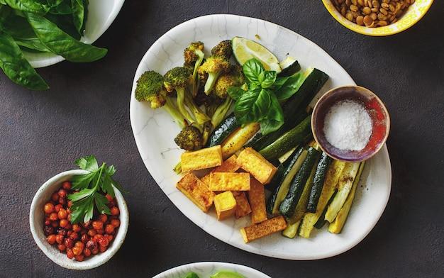 Verdure con ceci e lenticchie