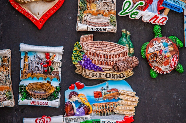 Verona, italia 10 settembre 2020: texture di dettaglio dei souvenir di verona
