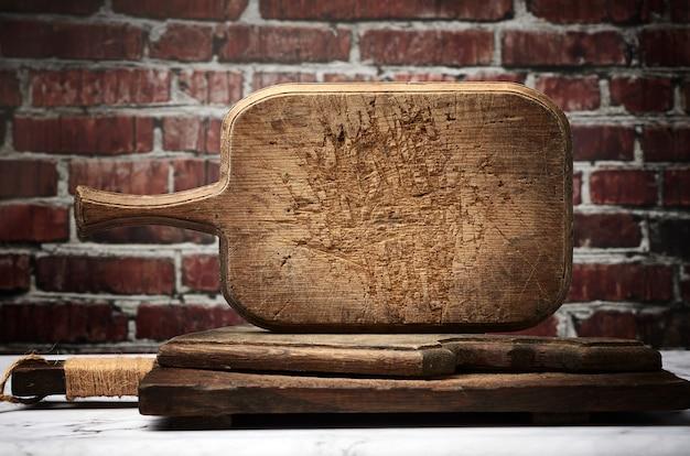 Tagliere da cucina rettangolare molto vecchio vintage