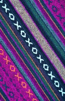 Modello diagonale a colori vivaci e trama del tessuto della regione settentrionale tailandese
