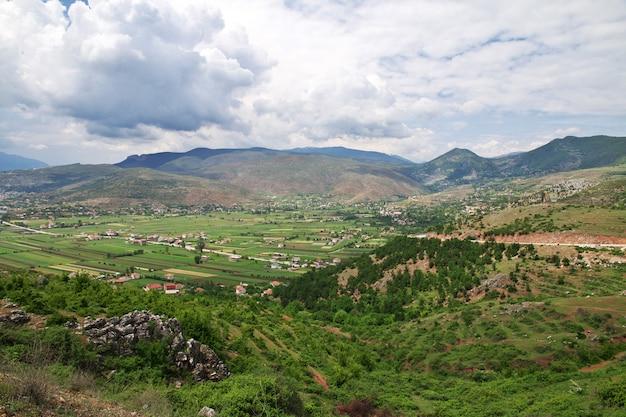 La vista sulle montagne dell'albania