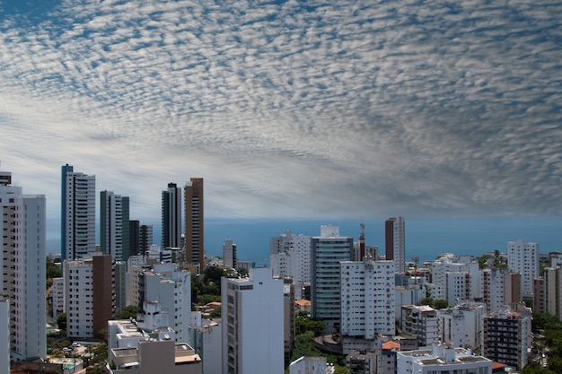 Vista degli edifici della città di salvador bahia brasile.