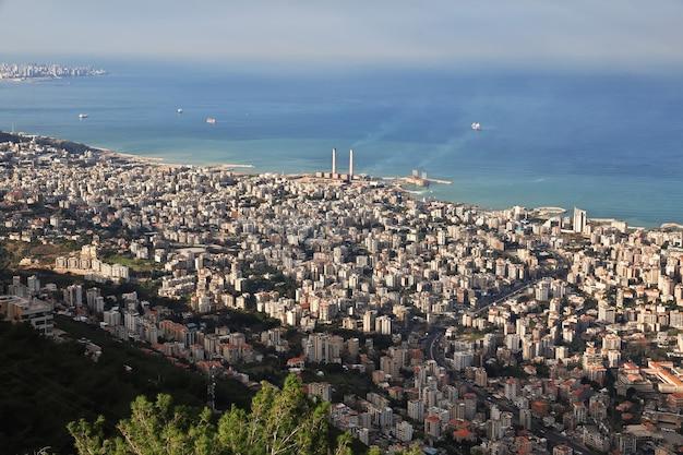 La vista del centro di jounieh in libano