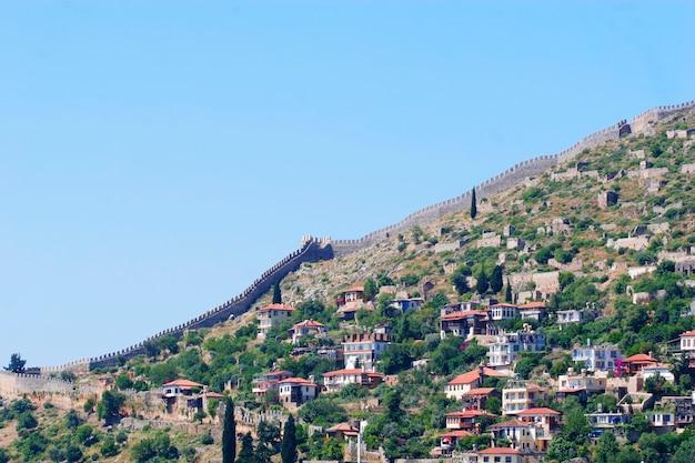 Vista della città alania, turchia