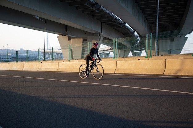 Vista del ciclista al sole
