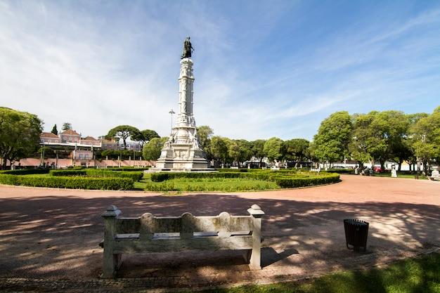Vista del giardino di afonso de albuquerque situato a lisbona, in portogallo.