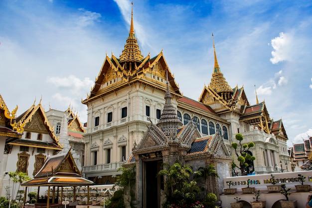 Vista al grand palace a bangkok, in thailandia