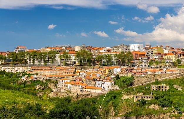 Veduta di porto sul fiume douro - portogallo