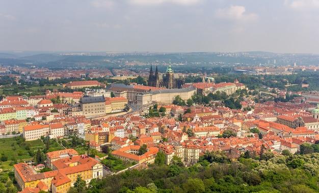 Vista del castello di praga
