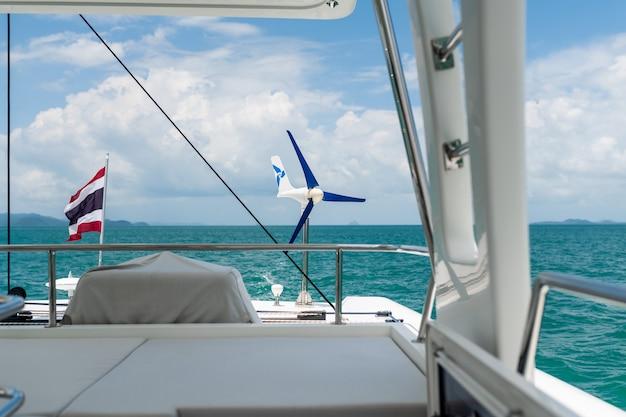 Vista sul mare da uno yacht