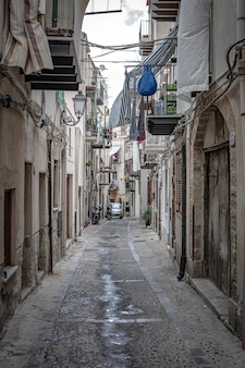 Veduta delle strade della città di cefalù in sicilia