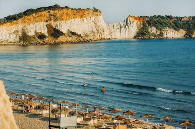 Punto di vista della spiaggia di gerakas nell'isola di zante